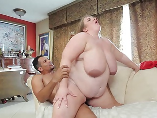 Die fette Edith mit den dicken Titten